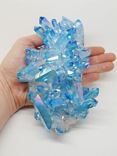BLUE AQUA ANGEL AURA. Clear Quartz bonded with Gold; produces an electric or sky blue crystal with subtle flashes of rainbow iridescence;. Aqua Aura Quartz. QUARTZ GENERATOR CLUSTER. It has a calm, relaxing effect on the emotional body and is exceptional for releasing negativity and stress, soothing and healing the aura. | eBay!