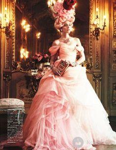 Ymre Stiekema на страницах Vogue Japan