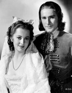 Olivia de Havilland & Errol Flynn, Captain Blood (1935).