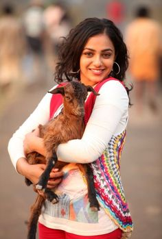 actress-nithya-menon-new-photos-gallery (5)