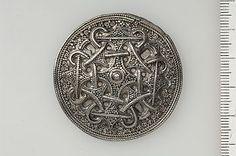 round silver brooch from Skåne (Historiska Museet)