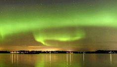 Revontulia nähtiin keskiviikkoiltana erittäin laajalla alueella Suomessa.