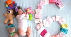 here to here From the third 3 months months) with your baby - Lexi Fletcher - Baby Girl Pictures, Baby Boy Photos, Baby Images, Monthly Baby Photos, Baby Shots, Cute Baby Videos, Foto Baby, Baby Poses, Newborn Baby Photography