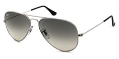The latest Ray-Ban sunglasses collection features the beautiful Ray-Ban RB3025 Aviator Large Metal sunglasses. A definite must-have, the Ray-Ban RB3025 Aviator Large Metal 003/32 's is available in a wide colour range. This particular model showcases Silver frames made from Metal . The premium Grey Shaded lenses are made from Glass and are anti-glare and scratch resistant.
