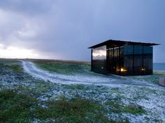 Gallery - Steilneset Memorial / Peter Zumthor and Louise Bourgeois, photographed by Andrew Meredith - 13
