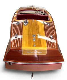 Mahogany and Blonde love! Restored at Katzs Marina on Lake Hopatcong Yacht Design, Boat Design, Wooden Speed Boats, Chris Craft Boats, Whitewater Kayaking, Canoeing, Runabout Boat, Yacht Builders, Classic Wooden Boats