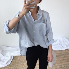 Find images and videos about fashion, outfit and clothes on We Heart It - the app to get lost in what you love. Cute Girl Outfits, Simple Outfits, Casual Outfits, White Shirt Outfits, Look Fashion, Fashion Outfits, 90s Fashion, Korean Fashion Trends, Looks Vintage