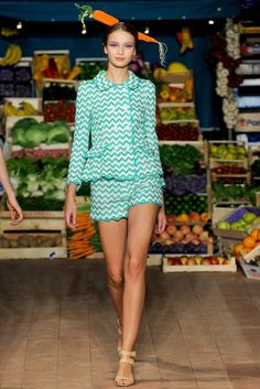 Moschino Cheap And Chic Spring 2012 Ready-to-Wear Fashion Show Collection