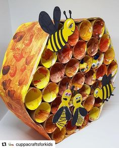 Arım balım pereğim with ・・・ BUSY BEE HIVE⁣ Bees and I have history - last summer I was stung on… Bee Crafts For Kids, Preschool Crafts, Art For Kids, Arts And Crafts, Paper Crafts, Toddler Art, Toddler Crafts, Bee Activities, Bee Theme