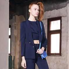 Navy #Blazer With Drop Lapel.