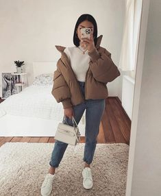 30 Looks ideas – Fashionthestyle Trendy Fall Outfits, Casual Winter Outfits, Winter Fashion Outfits, Retro Outfits, Simple Outfits, Stylish Outfits, Unique Outfits, Fashion Mode, Look Fashion