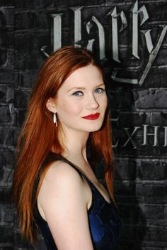 Bonnie Wright, Genni Weasley from Harry Potter Bonnie Wright, Bonnie Francesca Wright, Redhead Girl, Brunette Girl, Gina Weasley, Harry Potter Girl, Gorgeous Redhead, Ginger Hair, Redheads
