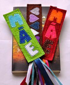 Marcadores de livro personalizados, em feltro! Podem fazer-se de várias cores e tamanhos. Boas leituras!   5 euros