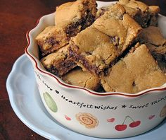 Peanut Butter Chocolate Chunk Bars - Amandas Cookin
