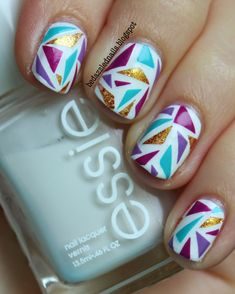 Bedazzled Nails: Shattered Triangles