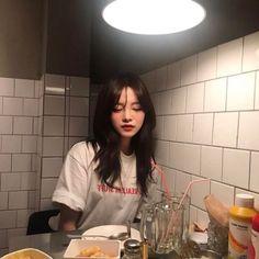 ➷ulzzang ღ girls➶ Ullzang Girls, Japonese Girl, Ulzzang Korean Girl, Aesthetic Hair, Aesthetic Grunge, Grunge Girl, Dream Hair, Mode Outfits, Beautiful Asian Girls