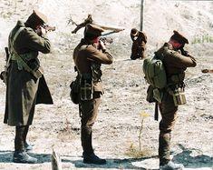 WWI: The Tragic Moment a Man Was Ordered To Kill His Best Friend - https://www.warhistoryonline.com/war-articles/wwi-the-tragic-moment-a-man-was-ordered-to-kill-hisbestfriend.html