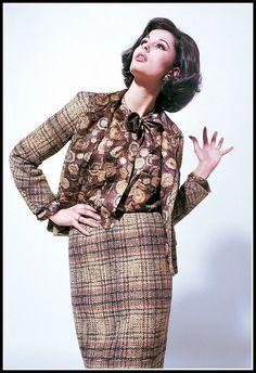 •Tamara Nyman in Chanel •photo Willy Rizzo 1962