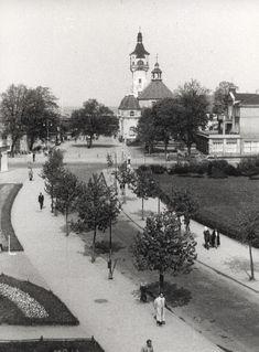Zdjęcie numer 15 w galerii - Gazowe latarnie, brydż na plaży, warszawy na ulicach - Sopot w latach 50. i 60. [ZDJĘCIA]
