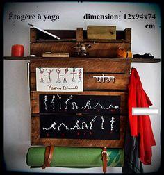 shelfyoga.. pour pratiquer et ranger vos affaires de yoga à la maison. 80$ #diy #palet #palette #bois #wood #woodwork #atelier #studio #Montréal #tools #outils