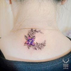 Funky neck tattoo concepts for an unique fashion assertion # … - Tattoos for Couples,Tattoos for Women Finger Tattoos, Girl Neck Tattoos, Neck Tattoos Women, Tattoo Neck, Trendy Tattoos, New Tattoos, Small Tattoos, Tattoos For Guys, Flower Tattoo Back
