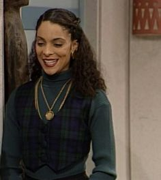 Jasmine Guy~ Whitley Gilbert, A Different World Black 90s Fashion, Fashion Tv, Fashion Outfits, 2000s Fashion, Prep Fashion, Fashion 2020, Retro Fashion, Prinz Von Bel Air, Whitley Gilbert