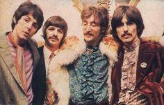 I Beatles: un mito dagli anni '60 | Rosso Antico