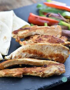 Chicken Fajitas Recipe - makes a quick, delicious meal perfect for a busy weeknight supper or a fun weekend meal //addapinch.com