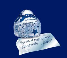 Per questo San Valentino le frasi di Tiziano Ferro (autografate) nei Baci Perugina