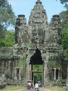 2010 Cambodia, Ankor Wat, World Heritage site. Angkor Wat Cambodia, Walk The Earth, Travel Bugs, World Heritage Sites, Mount Rushmore, Abandoned, The Good Place, Beautiful Places, Bucket