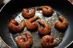 Prawn Fried Rice Recipe / Shrimp Fried Rice Recipe - Yummy Tummy Prawns Roast, Prawns Fry, Spicy Prawns, Grilled Prawns, Shrimp Dishes, Shrimp Recipes, Rice Recipes, Meat Recipes, Chicken Recipes