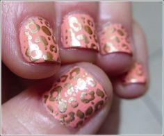 coral and gold leopard nails - I'm not usually into animal print too heavily because it ends up looking trashy at some point but lovin' these.