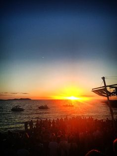 Ibiza sunset Ibiza Sunset, Ibiza Formentera, Ibiza Style, Ibiza Fashion, Great Love, Beaches, Earth, Island, Outdoor