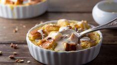 Indulge in bread pudding with this low-calorie recipe.