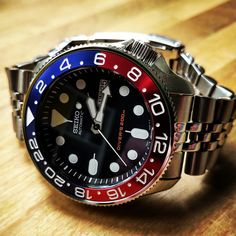 Seiko Skx007 Mod, Seiko Mod, Cool Watches, Watches For Men, Real Men Real Style, Seiko 5 Sports, Seiko Diver, Seiko Watches, Automatic Watch