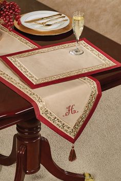 A certain level of Prestige graces the neighborhood home with the most elegant party tablescape. Secure your place with this refined chair cover set. Linen Tablecloth, Table Linens, Tablecloths, Cushion Cover Designs, Quilted Table Runners, Burlap Table Runners, Table Runner Pattern, Lace Table, Christmas Cross
