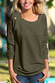 Long Sleeves Shirt with Rivet Design