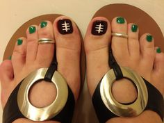 Football pedi! Orange coral on the other toes tho