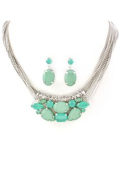Kylie Necklace in Soft Mint