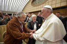A conferência de José Mujica, Pepe como se faz chamar, não deixou um auditório lotado indiferente. Direta, clara e emotiva, daquelas que costuma fazer para refletir comunitariamente: com temas que …