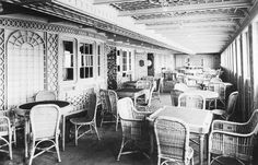 The Cafe Parisien on board the RMS Titanic.