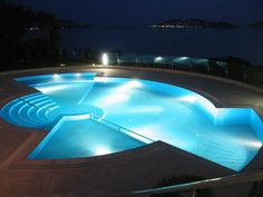 T House - Dragos Istanbul