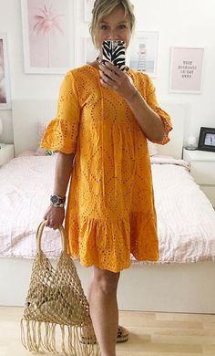 Modest Dresses, Simple Dresses, Cute Dresses, Casual Dresses, Short Dresses, Dresses With Sleeves, African Print Dresses, African Print Fashion, African Dress