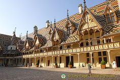Hospices de Beaune, Hôtel Dieu, Beaune, Cote d'Or, France