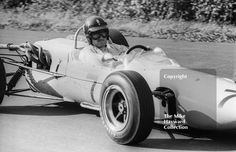 Graham Hill at Esso Bend with his F2 John Coombs Lotus 35 BRM, Oulton Park Gold Cup, 1965 #f2 #formula2