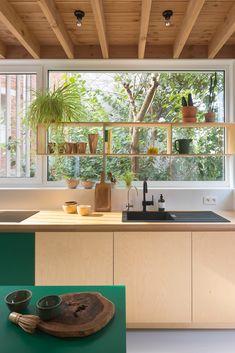 Küchen Design, Interior Design Kitchen, Interior Design Inspiration, Decor Interior Design, Interior Decorating, House Design, Ranch House Remodel, Cottage Interiors, Mid Century House