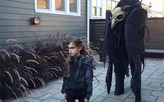 10 απίστευτες μεταμφιέσεις για το Halloween που έκαναν τον γύρο του διαδικτύου (βίντεο)