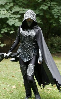 Tracey Harrison Photography — flyrobotfly's Skyrim Nightingale cosplay Skyrim Cosplay, Cosplay Armor, Skyrim Costume, Elven Cosplay, Amazing Cosplay, Best Cosplay, Mode Steampunk, Steampunk Corset, Character Outfits