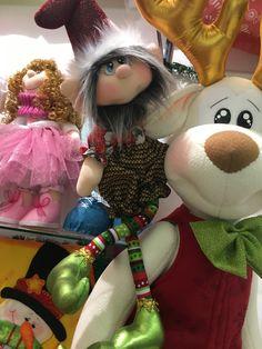 Christmas Sewing Patterns, Bazaar Crafts, Christmas Fabric, Fabric Decor, Diy Art, Harajuku, Diy And Crafts, Dolls, Image