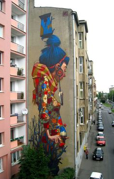Lodz, Poland.  From 30 Amazing Large Scale Street Art Murals From Around The World | Bored Panda